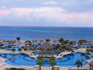 Moon Palace Golf & Spa Resort Cancun - Beach