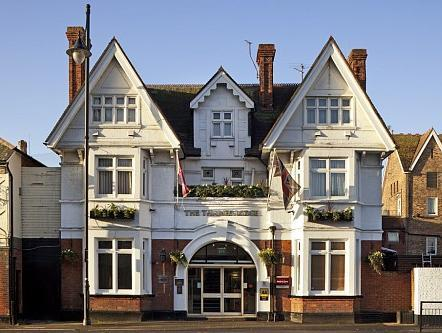 Mercure Thames Lodge Staines Hotel