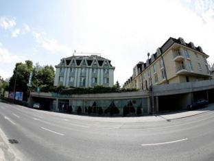 Hotel Bara Budapest - Exterior
