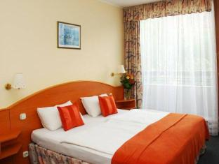Best Western Hotel Orion Budapest - Guest Room