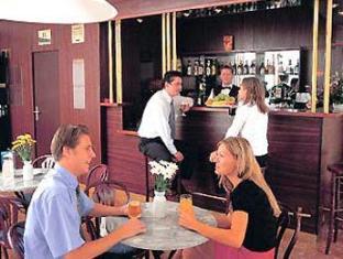 Hotel Touring Budapest - Pub/Lounge