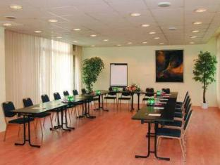Hotel Touring Budapest - Meeting Room