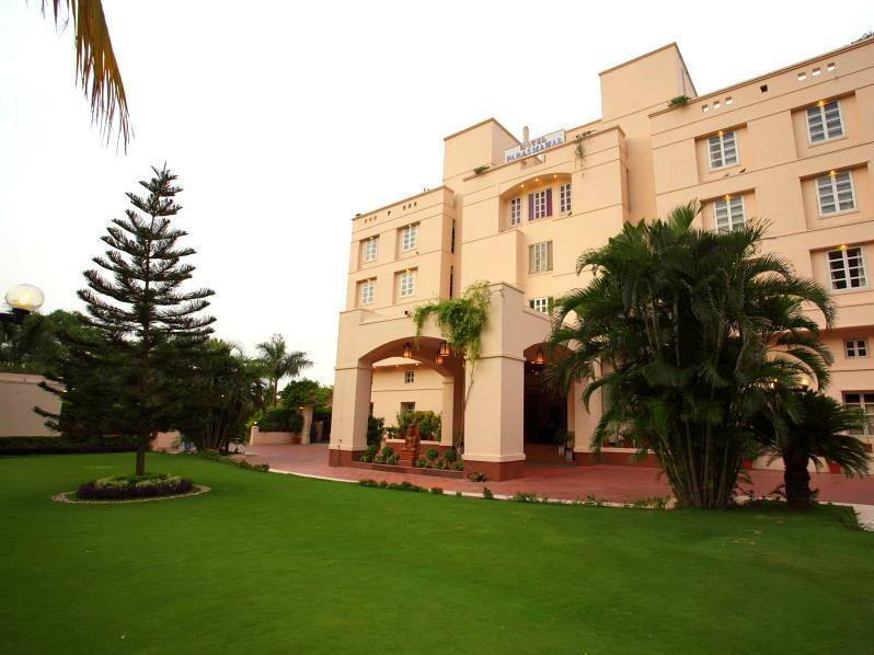 Hotel Paras Mahal Pvt Ltd. Udaipur