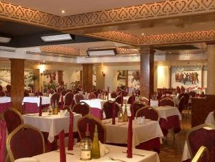 Ascot Hotel Dubai - Food, drink and entertainment