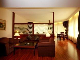 Howard Johnson Hotel - Howard Johnson Hotel Dubai - Executive Suite