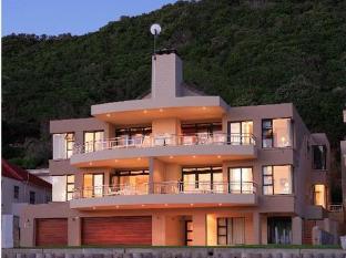 Makarios on Sea Apartment @ Herolds Bay