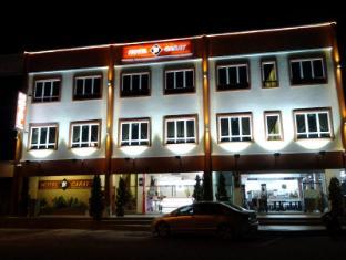 18 CARAT HOTEL