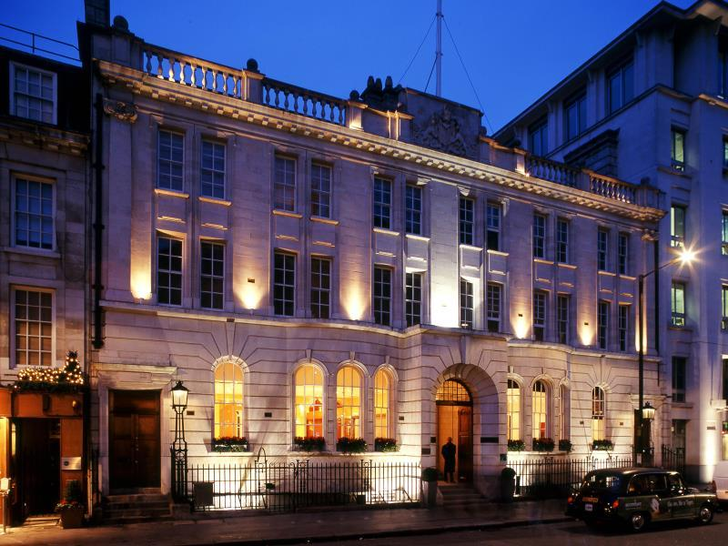 Courthouse Doubletree Hotel by Hilton London-Regent Street