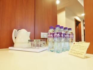 Caritas Bianchi Lodge Hotel Hong Kong - Room Amenities