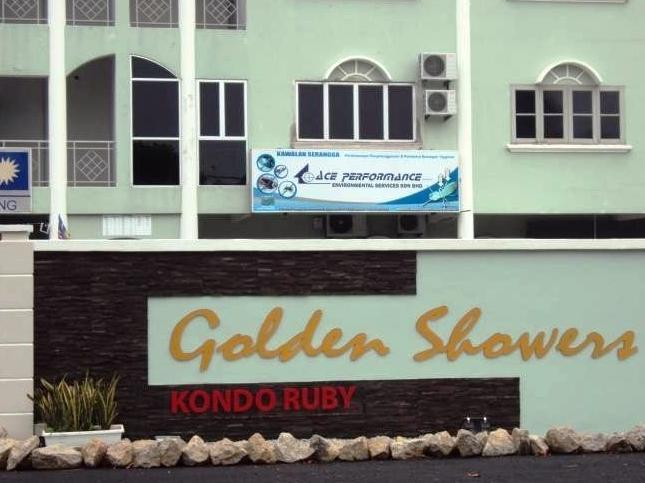 4 Rooms Golden Shower Apartment - Hotels and Accommodation in Malaysia, Asia