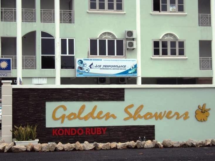 3 Rooms Golden Shower Apartment - Hotels and Accommodation in Malaysia, Asia