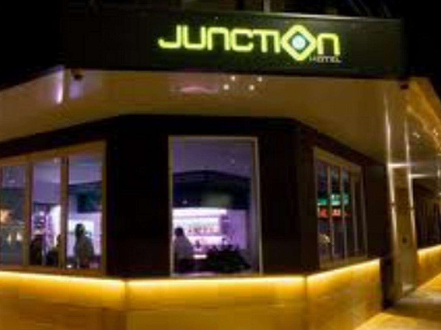 Junction Hotel - Hotell och Boende i Australien , Newcastle