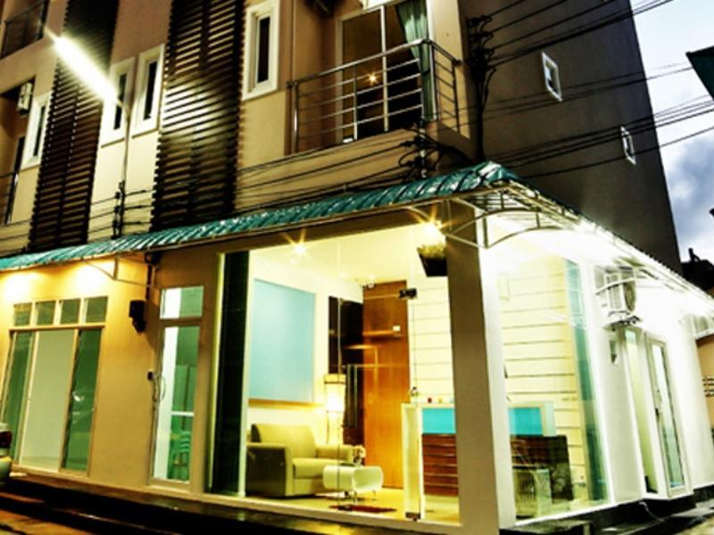 Hotell At Phuket Guest House i Patong, Phuket. Klicka för att läsa mer och skicka bokningsförfrågan