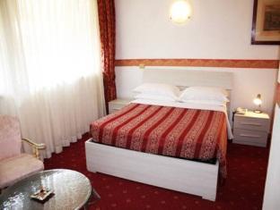 Hotel Giulietta e Romeo Casal Palocco - Guest Room