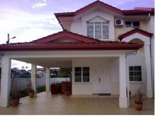 Kuching Guesthouse Kuching - Entrée