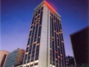 マリーナ パレス ホテル