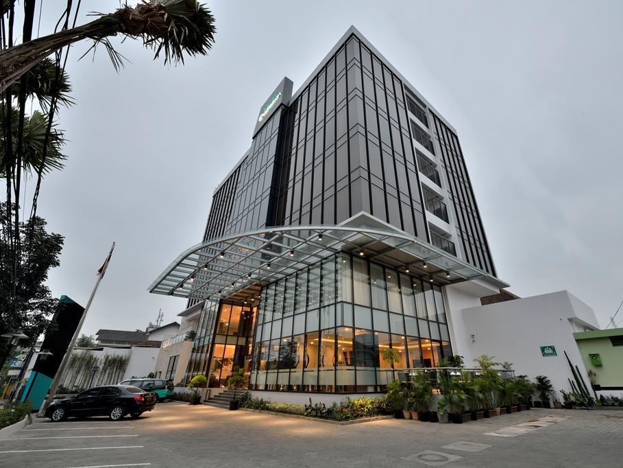 California Hotel Bandung