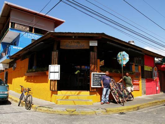 Barrio Cafe Hotel Restaurant Bar - Hotels and Accommodation in Nicaragua, Central America And Caribbean