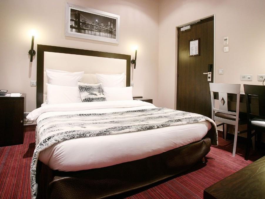 Grand Hotel Francais - Hotell och Boende i Frankrike i Europa