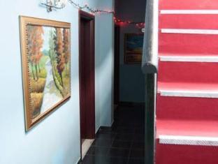 Hotel 2 Palma Tirana - Entrance