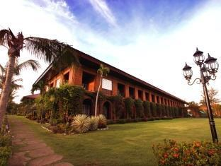 Fort Ilocandia Resort Hotel Laoag - Exterior do Hotel