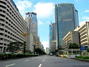 Somerset Millennium Makati Manila - Surroundings - Ayala Avenue