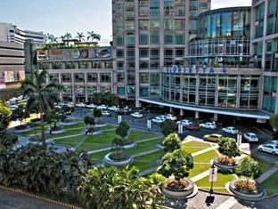 Somerset Millennium Makati Manila - Surroundings - Glorietta