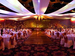 Waterfront Cebu City Hotel and Casino Cebu - Pacific Grand Ballroom