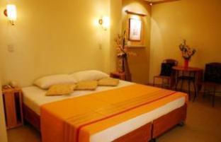Willy's Beach Resort - Room type photo