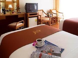 Golden Beach Hotel Pattaya - Guest Room