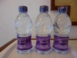 Sawasdee Khaosan Inn Hotel Bangkok - Drinking Water