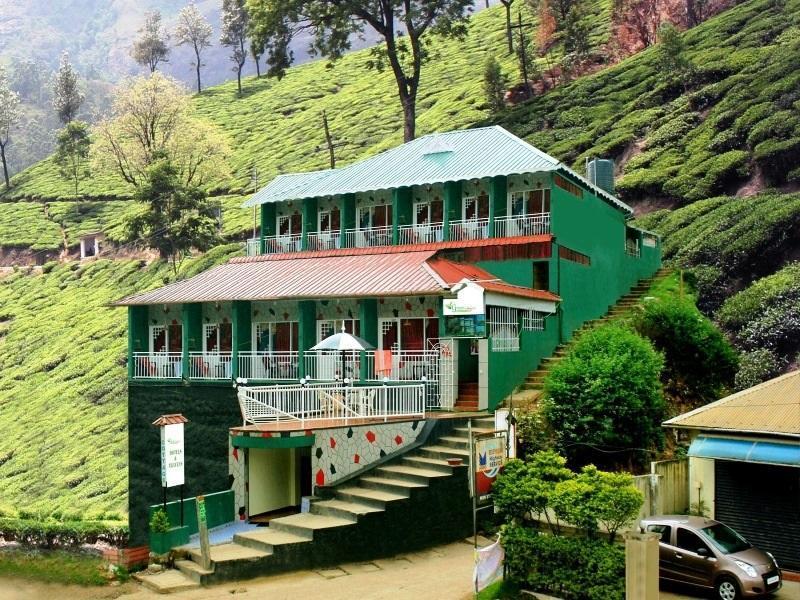 The Green Carpet Hotel - Munnar