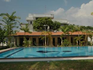 Sagarika Beach Hotel Bentota/Beruwala - Hotel exterior View
