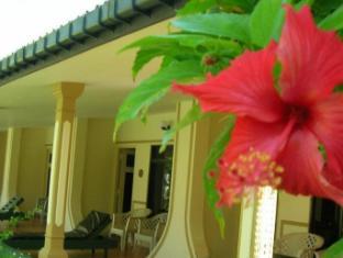Sagarika Beach Hotel Bentota/Beruwala - Beach/Pool side Rooms