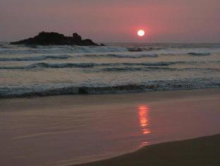 Sagarika Beach Hotel Bentota/Beruwala - Magnificent Sunset