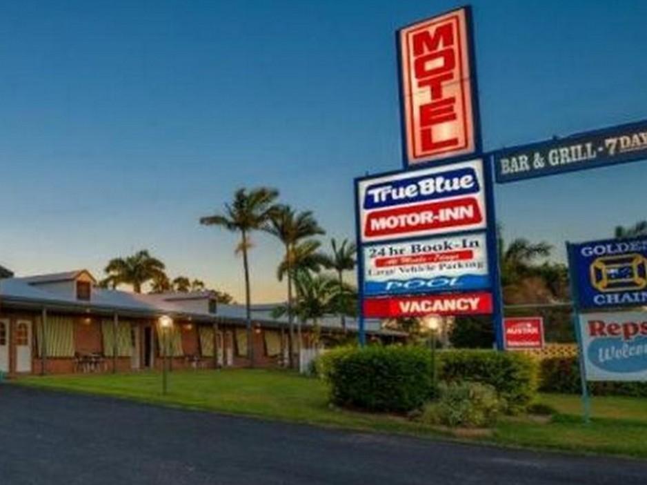 True Blue Motor Inn - Hotell och Boende i Australien , Rockhampton