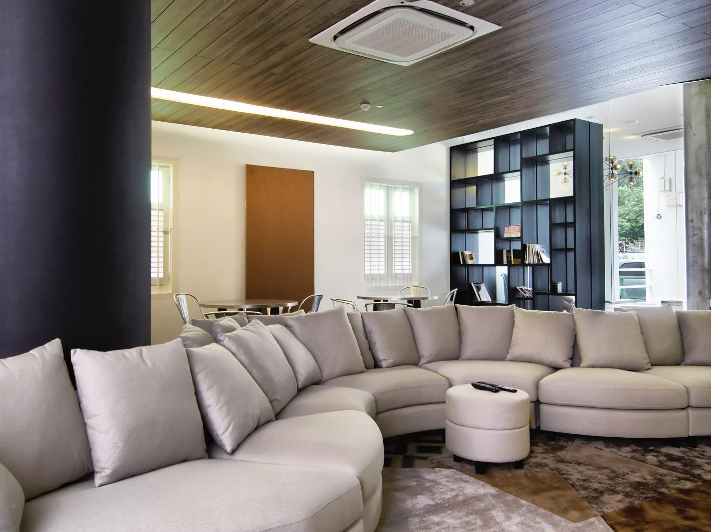 The Plot Hostels