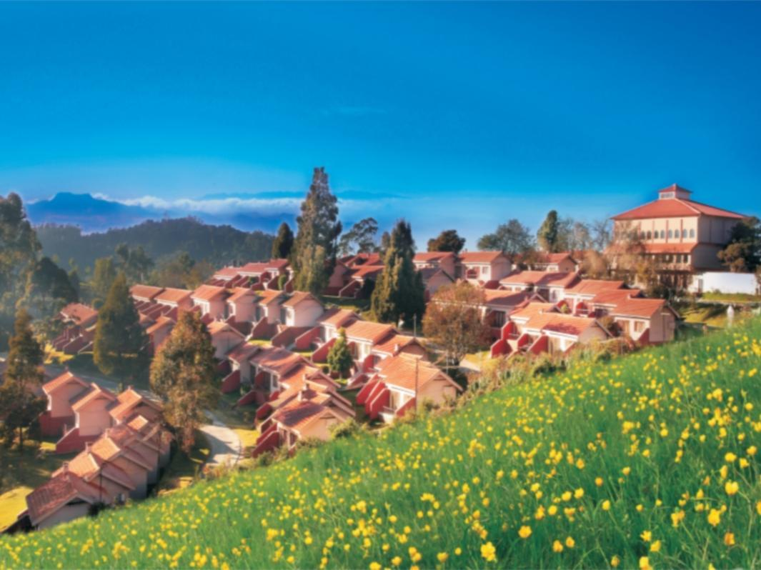 Hotel Lake View - Ooty