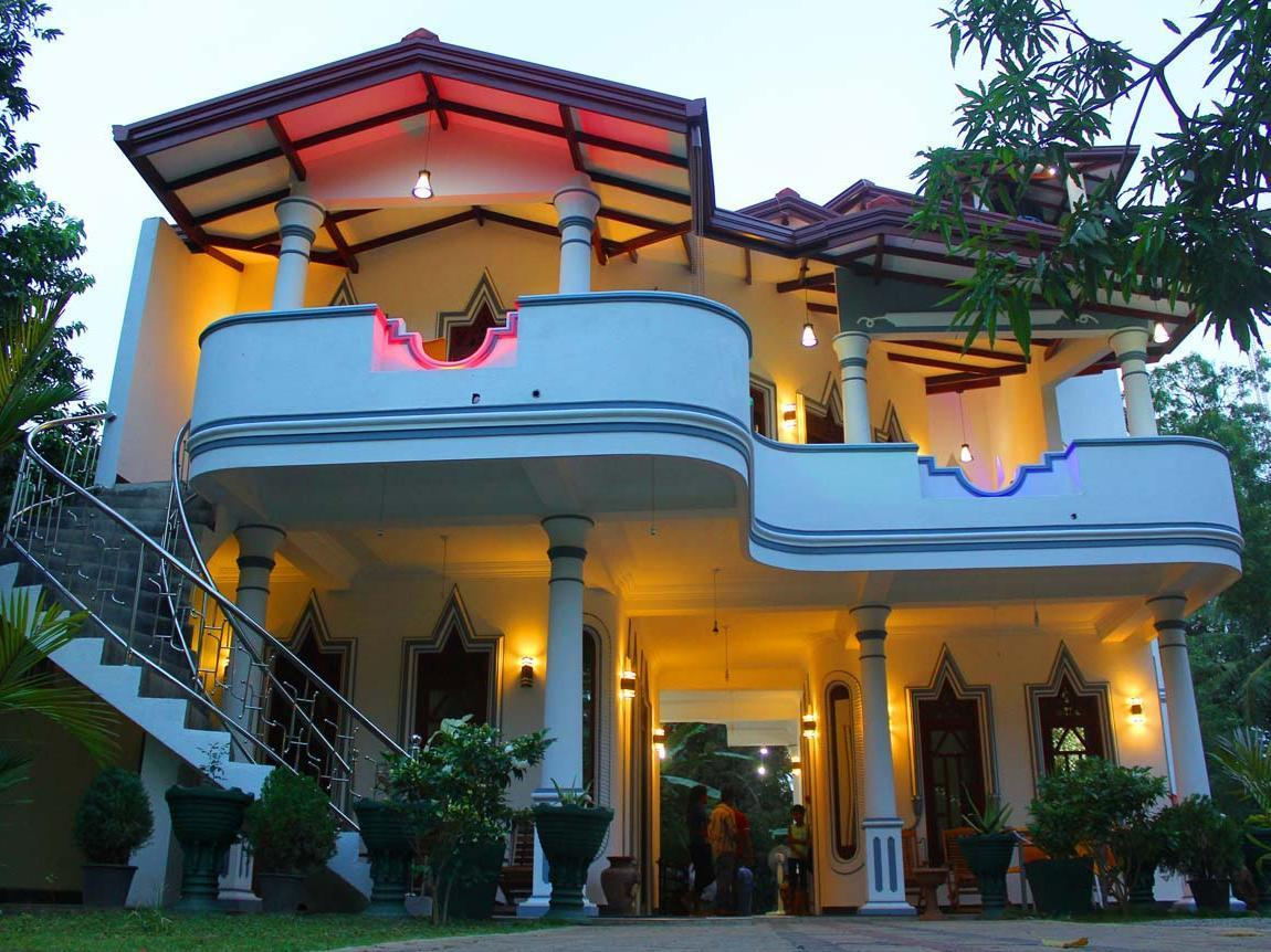 Hotel River Front - Hotels and Accommodation in Sri Lanka, Asia
