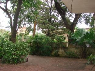 Sunstay Beach Resort North Goa - Garden