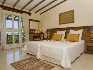 Bellapais Gardens Hotel Kyrenia - Guest Room