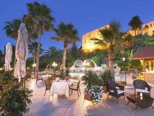 Bellapais Gardens Hotel Kyrenia - Surroundings