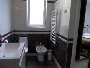 Salute Emozioni Allenamento Villa Varna - Bathroom