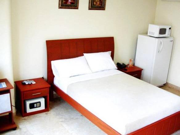 Onix Gold - Hotels and Accommodation in Ecuador, South America
