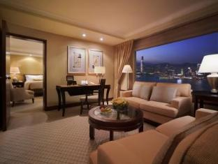 Twin Executive Harbour Suite