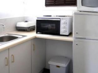 Anabels Bed and Breakfast and Self Catering Durban - Kitchenette Area