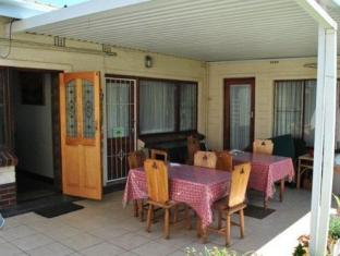 Anabels Bed and Breakfast and Self Catering Durban - Patio Area