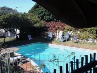 Anabels Bed and Breakfast and Self Catering Durban - Swimming Pool Area