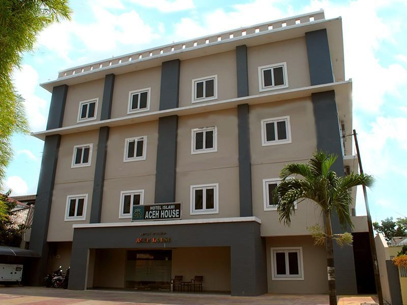 Aceh House Hotel Islami Petisah - Hotels and Accommodation in Indonesia, Asia