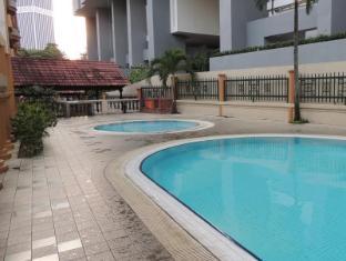 Mey Guest House Kuala Lumpur - Piscina